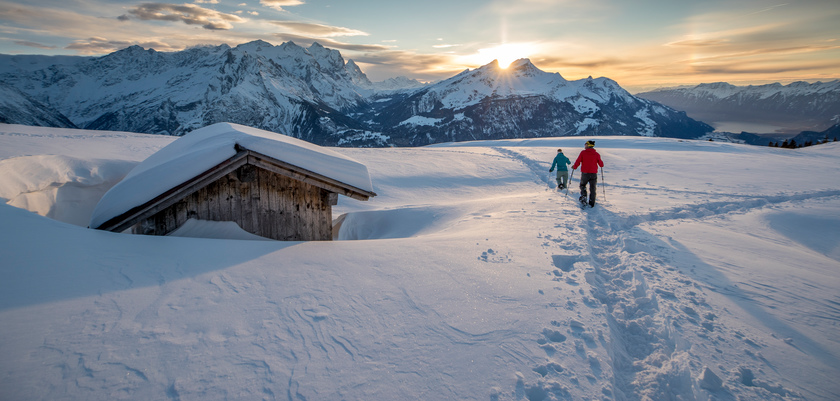 Winter hiking at Haslital near Grindelwald.jpg